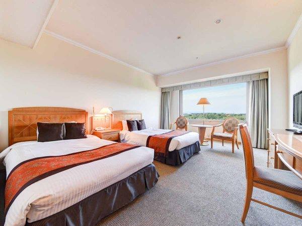 *【部屋(スタンダードツイン)】120cm幅のセミダブルのベッドが2つあり、2名様まで宿泊可能