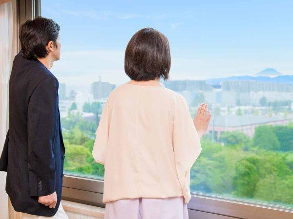 *【コーナーツイン(一例)】昭島の町並みを眺めるお部屋で、快適な滞在を