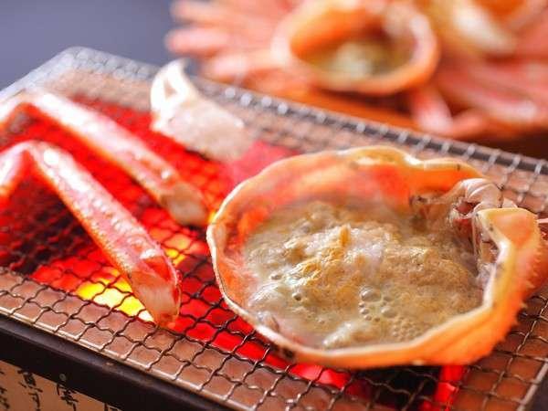 当館人気No.1の食べ方…間人蟹本来の甘みを存分にお愉しみいただけます!
