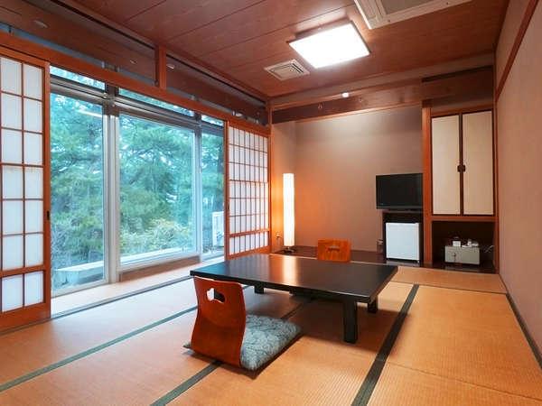 【1-2F】和室10畳の一例/Wi-fi利用可/冷蔵庫/ドライヤー/各種アメニティ/