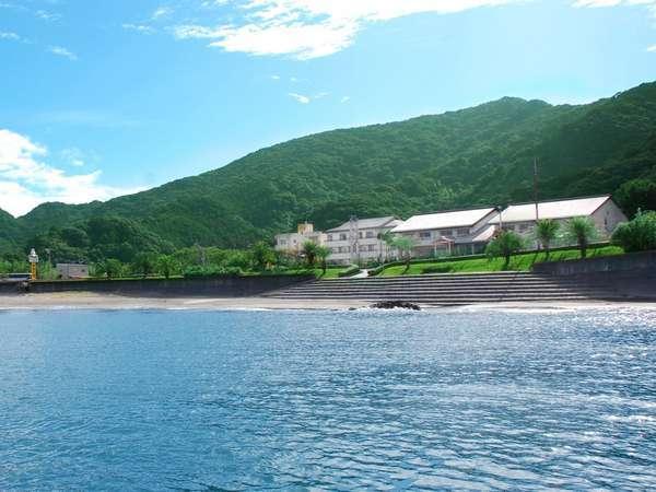 海から見た三陽荘