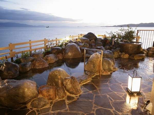 蒼海の湯(B3)露天風呂