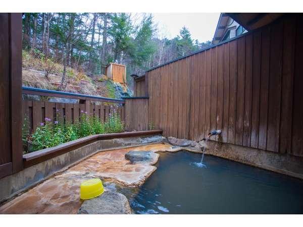 【ひゅって 森の仲間】日本最高所の山岳濁り湯!源泉100%噴出☆山好き夫婦の秘湯宿