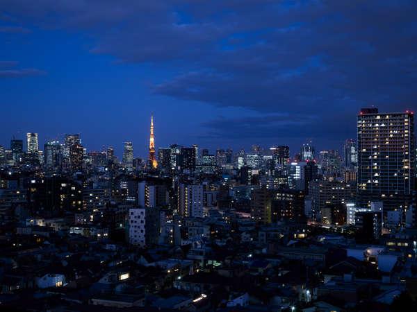 東京タワーを望むイーストビュールームからの眺め