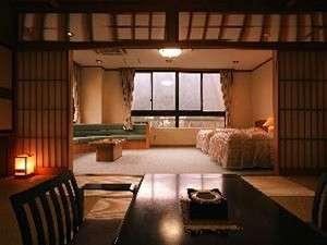 鬼怒川の渓谷を一望出来る絶景和洋特別室