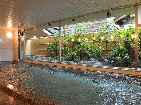 大浴場は、チェックインから翌朝9時まで夜通し入浴OK