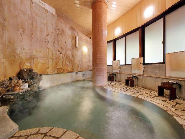 【内湯】湯治湯の風情を感じる「寿の湯」では、1200年の歴史を誇る台温泉の風情をお楽しみください。