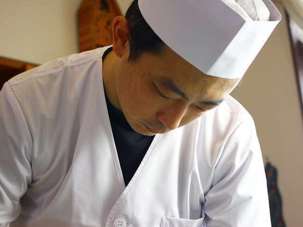 《料理長》料理道20年の腕前!