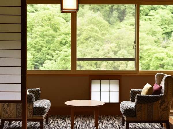 【10階以上 和室12.5畳/40㎡】四季と時間(とき)。移ろいを感じながら、時を忘れるひと時を
