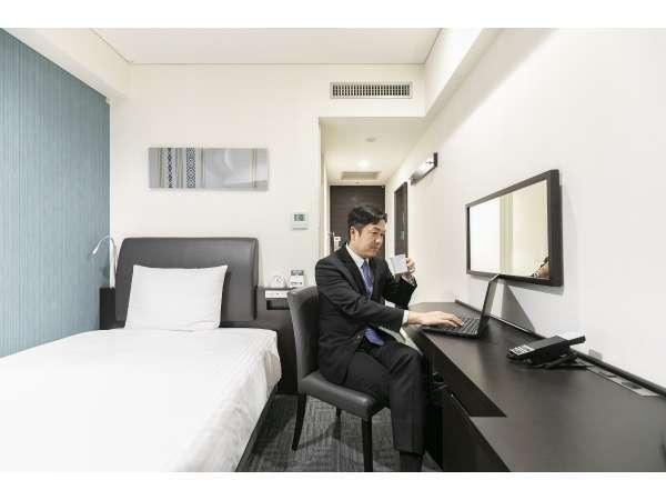 禁煙スタンダードシングルルーム(お部屋でゆっくりお仕事もでき、ゆっくりお休み頂けます)
