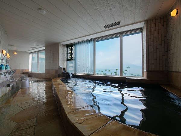 桜島を望む展望温泉