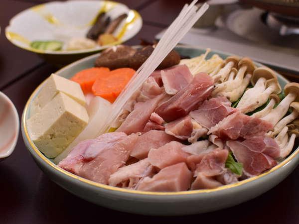 梅ヶ島産の駿河しゃも鍋 肉のしまりがよく絶妙な歯ごたえのまろやかな風味が特徴!