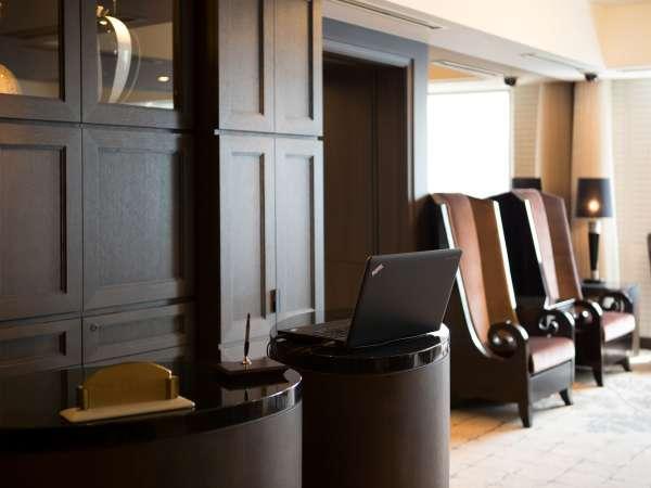 クラブフロアにご宿泊のお客様はクラブラウンジ(20階)にてチェックイン・アウト