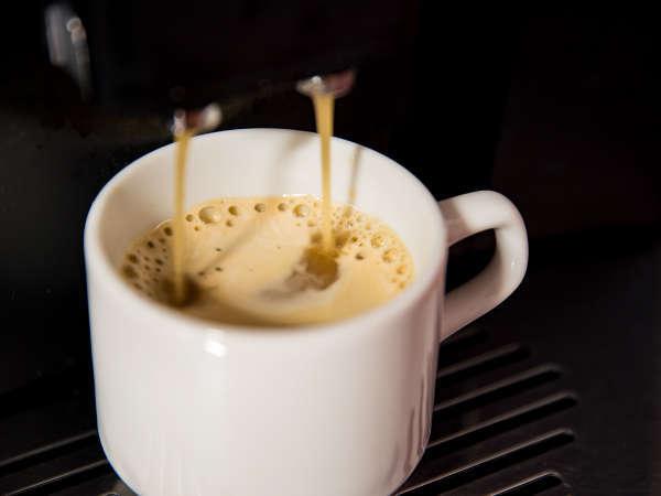 *【朝コーヒー】挽きたての豆から抽出。