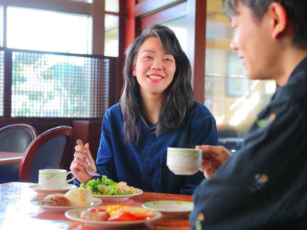 """■バイキング朝食■早起きして""""6:30""""から朝食。好きなものをたくさん食べて観光を楽しもう♪"""