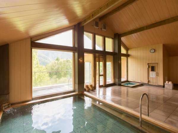 【檜造りのお風呂】(内風呂)
