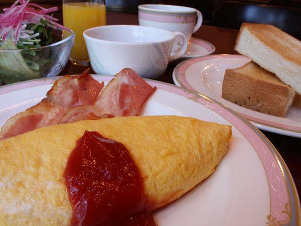 洋朝食。料理長特製季節のあったかスープ付き。
