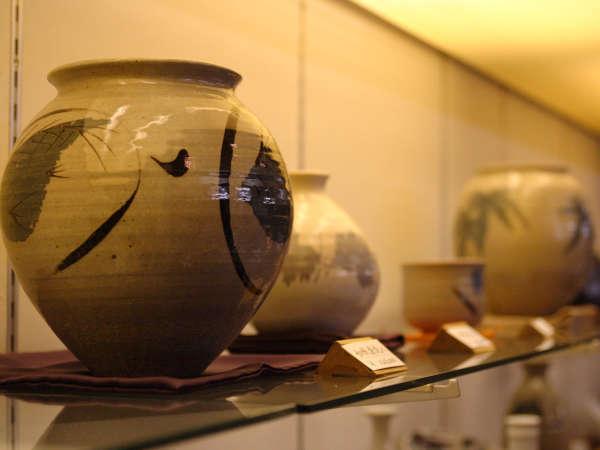 【陶器名品店】有田、有名作家の作品を展示即売