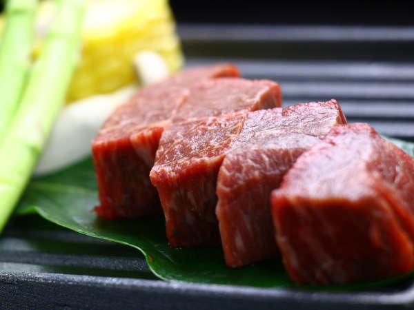 口の中で旨味が溢れ出る「宮崎牛」