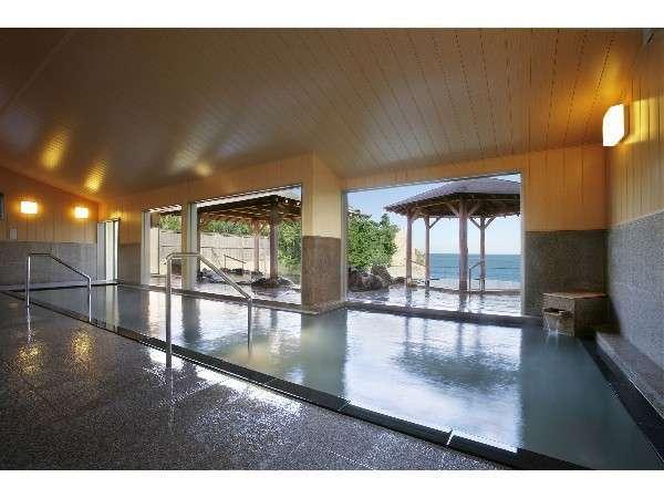 2012年リニューアルしたばかりの別館の温泉「大観の湯」本館「大観の湯」と湯めぐりできる