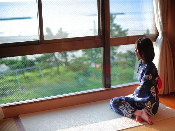 【海側客室/一例】海を眺めゆ~っくりと流れる時を楽しんで