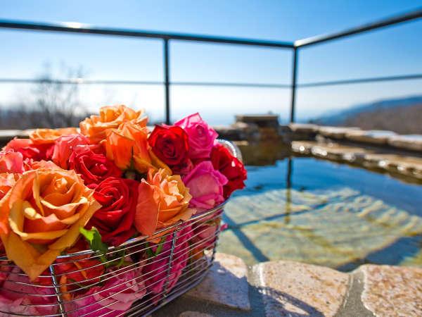 特別な日にはトクベツな想い出に。[Option]バラ風呂で贅沢で優美なバスタイム