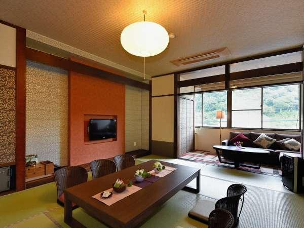 多くのお客様に愛されている和モダンな造りの客室。
