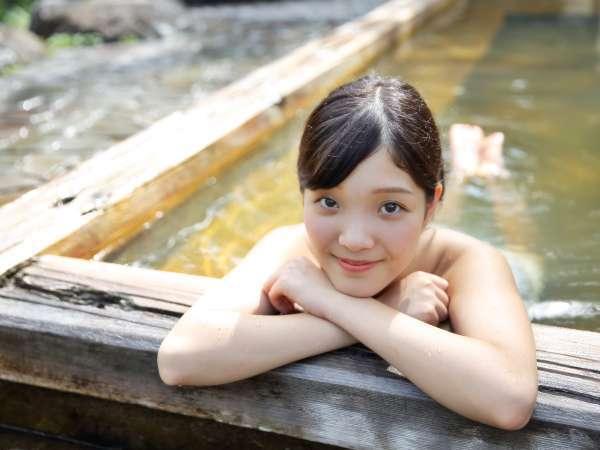 【貸切露天風呂】荒戸の湯/入浴イメージ/ぬるめのお湯でのんびりと