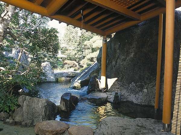 大浴場 露天岩風呂(婦人)