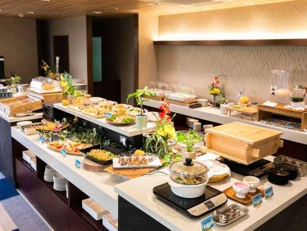 昼食や朝食バイキングで使用するレストラン【シャトメール】。