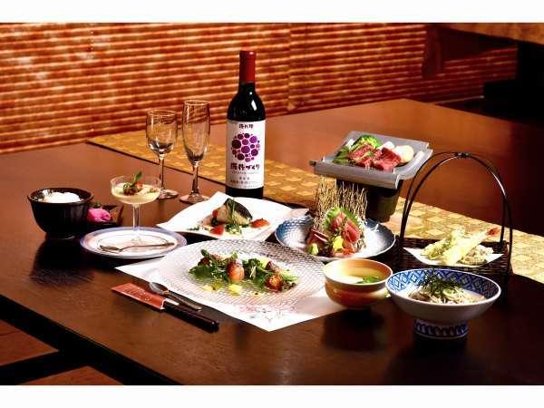 ご夕食は季節の素材を用いた和食会席