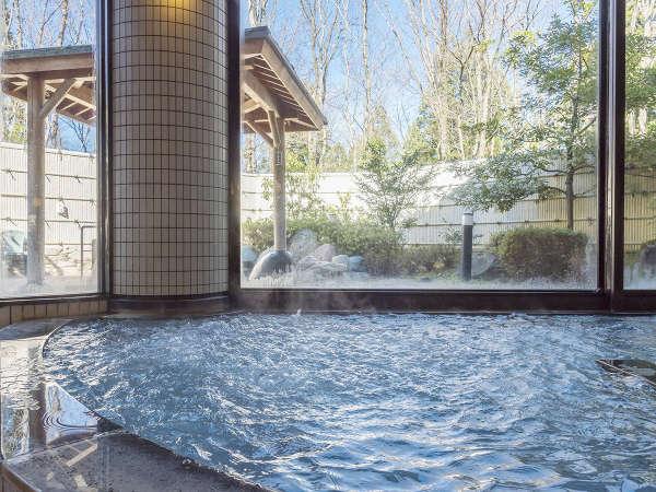 大浴場内には気泡の出るジャグジースペースもございます。
