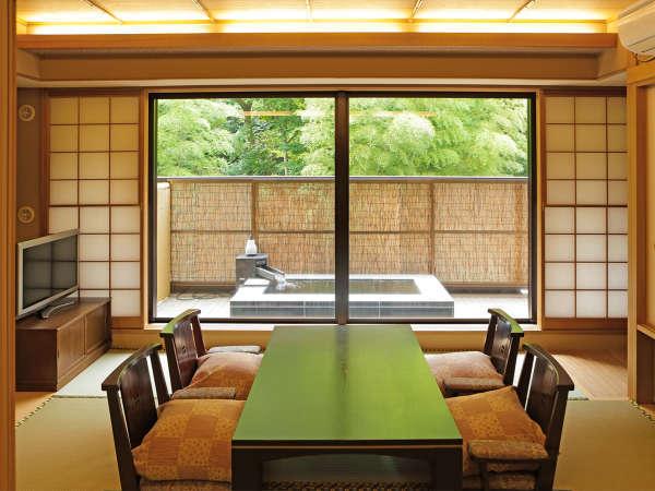 【露天風呂付きCタイプ】和室12畳が一間につながった広々と使えるお部屋です。