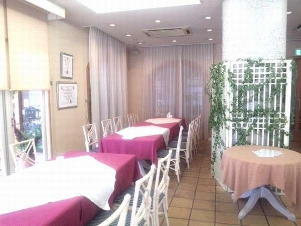 【レストラン サルーテ】ご朝食はこちらでお召し上がりください。