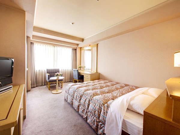 ≪シングルルーム≫約17~18平米でゆったり140cm幅のベッド