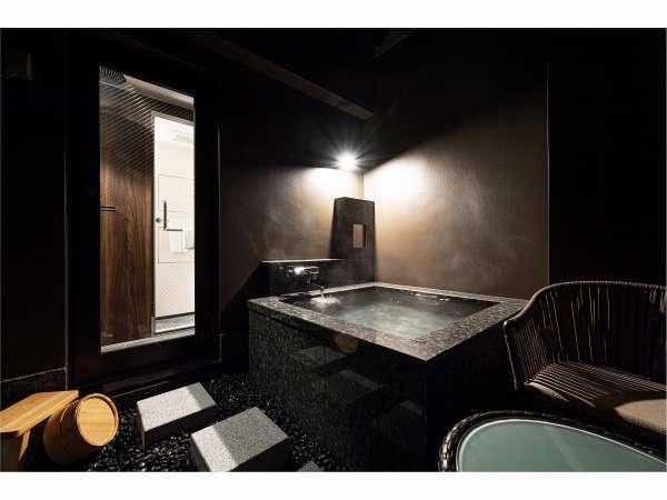 Suite Room天井なしの個室露天風呂