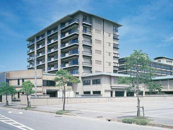 第42回「プロが選ぶ日本のホテル・旅館100選」総合入選&5つ星の宿認定♪全室Wi-Fi無料接続可能。