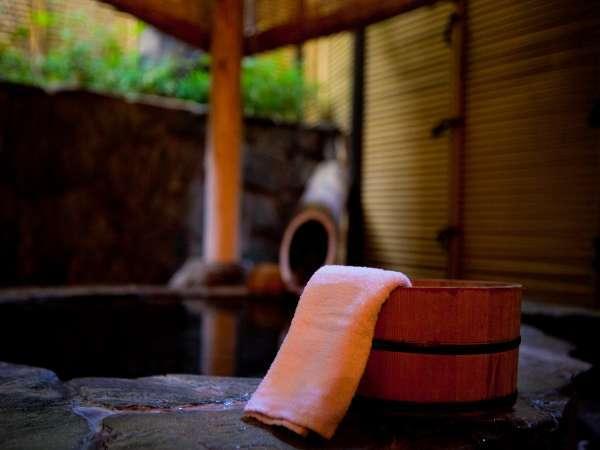 【貸切風呂】トロっとした肌触りが特徴の温泉