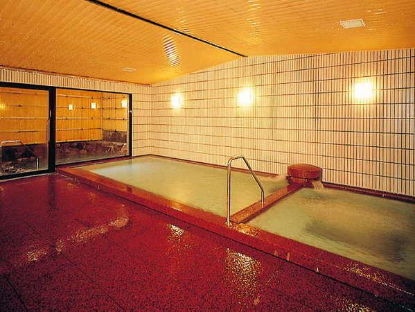 新館 大浴場・落ち着きのある浴場となっております。