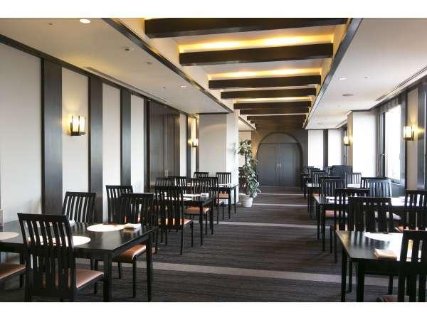 日本料理レストラン  笛吹川