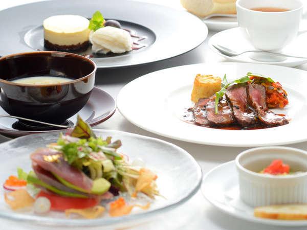 【奥入瀬 森のホテル】猿倉温泉の源泉と、美味しいコース料理を堪能できる大人のホテル。