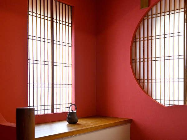 2階「朱の間」の和室(寝室)です。