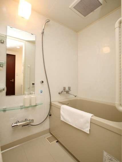 ■BathRoom■お風呂とトイレは別ルーム。洗い場付きなので楽々で体を洗えます。