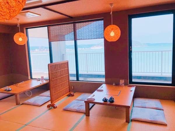 展望お食事処「唐津茶屋」では唐津湾や唐津城をご覧いただけます♪