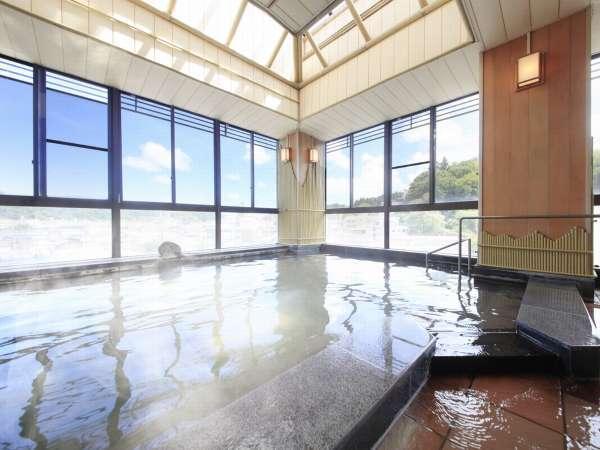【松柏館】湯本一の老舗旅館【松柏館】。源泉かけ流し湯をお愉しみください。