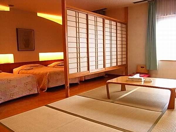 4名様からご利用頂ける和洋室。使い勝手の良いお部屋です。