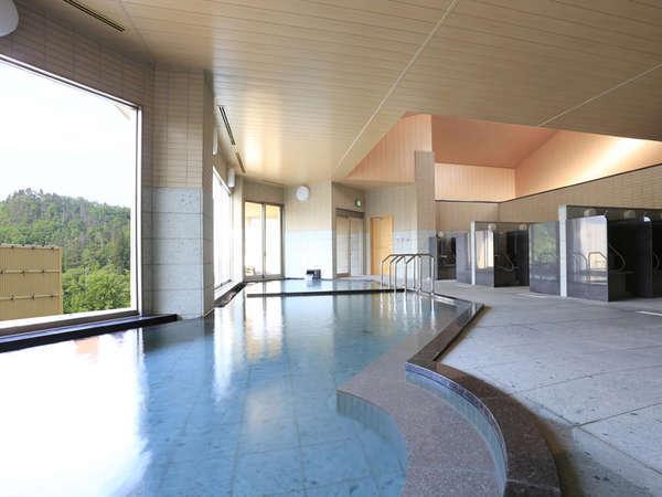 *大浴場…高温浴槽と低温浴槽があり、低温浴槽にはジェットSPAがあります。