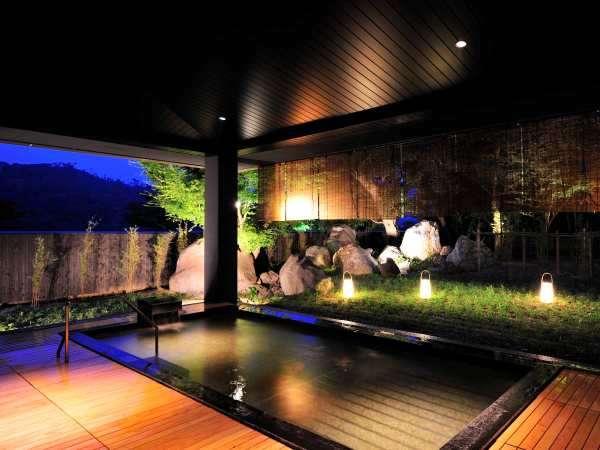 「湖都の湯」は開放的な露天風呂のある温泉。朝・夜で男女入替え制でご利用いただけます