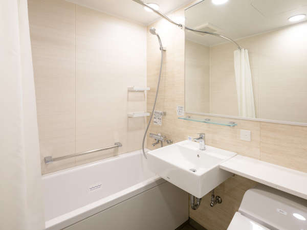 【バスルーム※イメージ】従来のコンフォートホテルよりも広々としたバスルーム