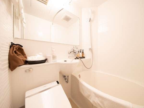【バスルーム】全客室内に完備♪